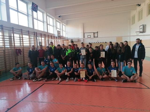Igrzyska Młodzieży Szkolnej w piłce siatkowej- zawody gminne